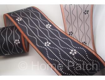 Galon de tatami guirlande blanche fond bleu marine
