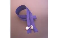Fermeture éclair 22 cm violette avec tirette perle