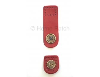 Languette cuir rouge avec bouton aimanté motif de bouton